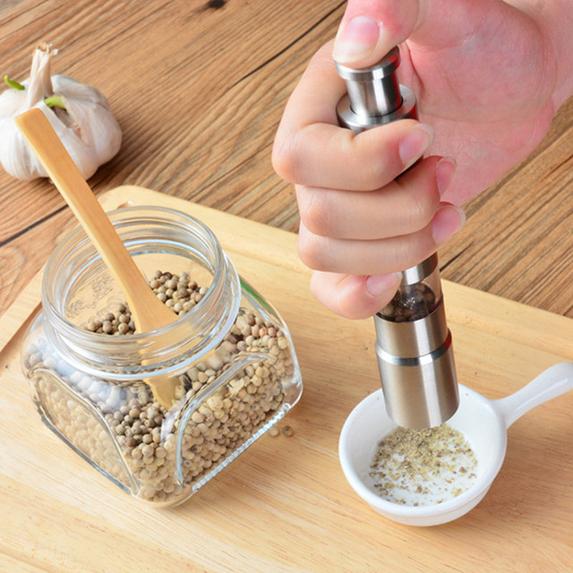 Manual stainless steel salt pepper mill spice sauce grinder