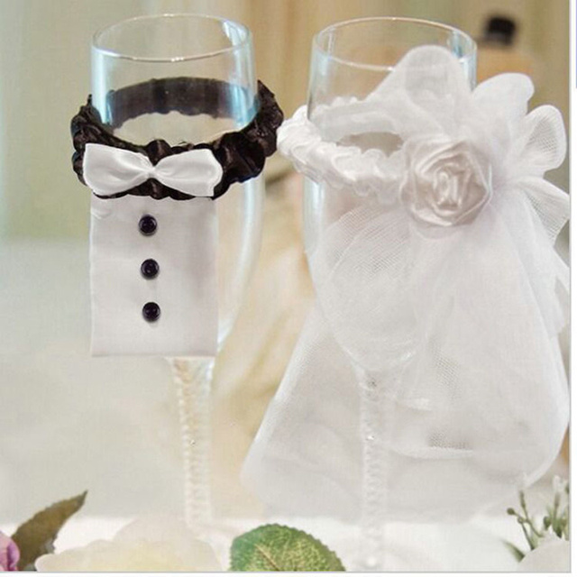 2pcs  New wedding supplies bride and groom Tux Bridal Veil wine glass cover Decoration Champagne Glasses Cup Set wedding decor