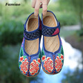 womenn flats Embroidery vintage cotton fabric  chaussure femme hook&loop zapatos mujer floral casual new fashion cow muscle