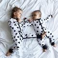Trajes Bebê recém-nascido Toldder Crianças Roupas de Inverno Pijama Siameses Preto Coração Prints Manga Comprida Romper Macacão Desgaste