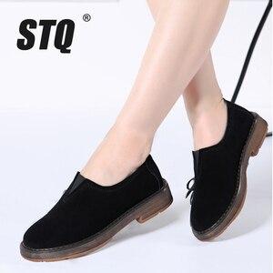 Image 1 - Stq 2020 primavera mulher apartamentos sapatos mulher deslizamento em mocassins planos camurça sapatos de couro artesanal de borracha barco sapatos preto oxfords 1702