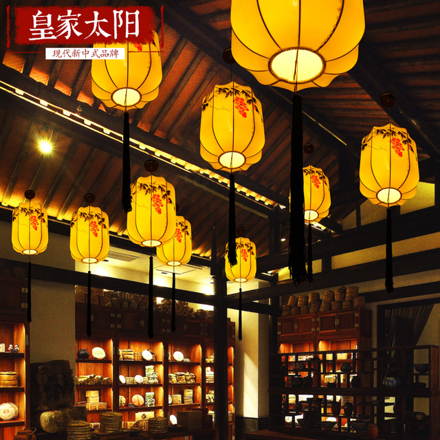 Chinese Classical Chandelier LED Warm Cloth Elongated Hand Painted Antique Chinese  Lantern Style Living Room