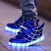 Vente chaude Enfants Sneakers Enfants Ailes D'ange de USB De Charge Lumineux LED Lumières Chaussures Pour enfants Occasionnels Plat Filles Garçon sport chaussures