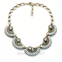 Xl00878 India Style Mixed Metal Made Resin Semi Round Puzzle Piece Family Necklaces Hot Sale