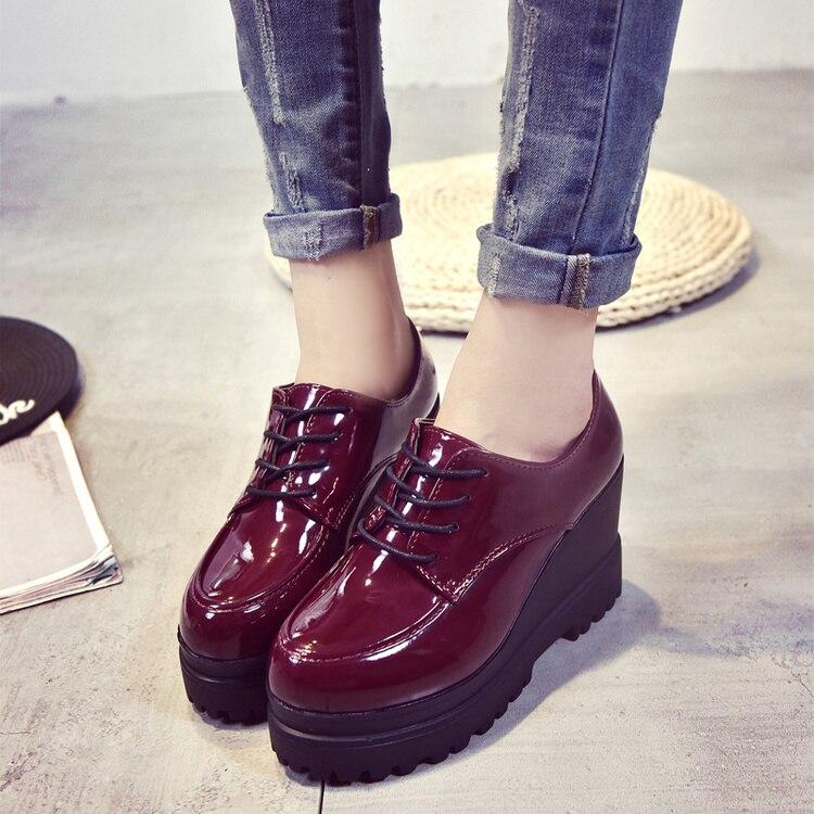 En angleterre Petites Nouvelle Épaisses Femmes Sauvages Semelles Cuir Rétro Ronde Chaussures De À Printemps Rouge Noir Tête Verni vin xBz8Ywqc