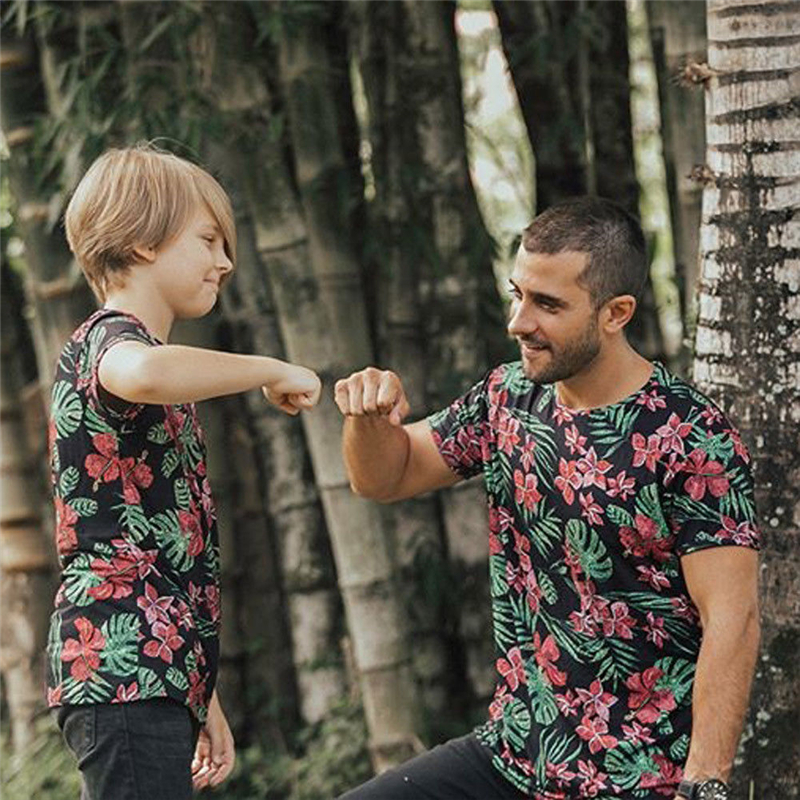 Mom Dad Baby Kids T-Shirts Family Matching Clothes T Shirt Father And Son Casual Flower Little Big Brother Beach T shirt Top Tee ...