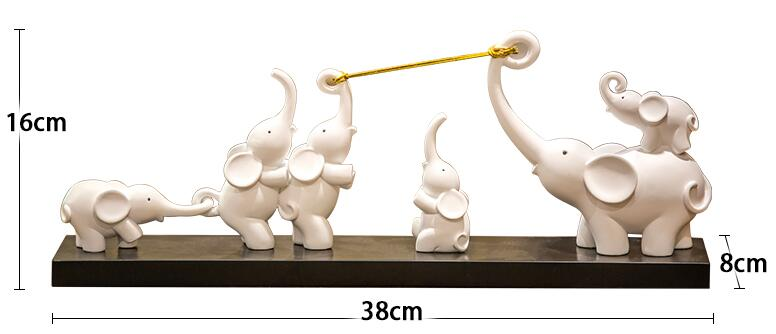 Small Elephant Tug Of War Ornament Crafts Home Furnishings Modern