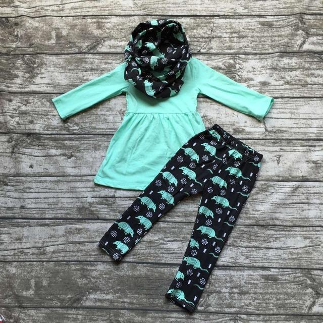 2016 OTOÑO/Invierno scarf set niños traje de los bebés de Pangolín menta verde 3 unidades de manga larga pantalones ropa de boutique sistemas de los cabritos