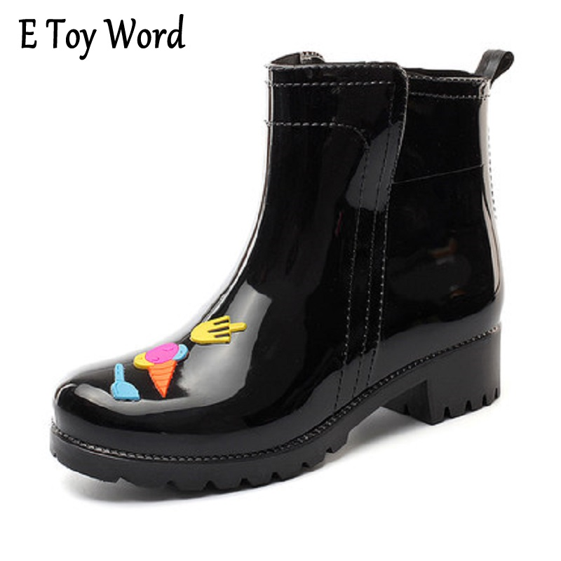Fashion middle lady Martin rain boots warm and velvet low-water shoes women's skates shoes han version of shoe rubber shoes water shoes spring and autumn woman warm rain shoes and ankle rain boots lady waterproof fashion rubber boots