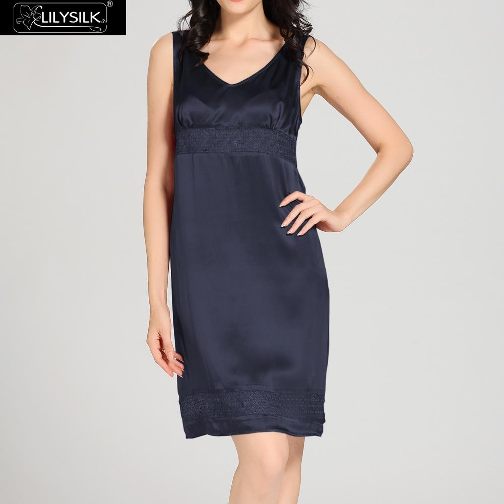 1000-navy-blue-22-momme-luxury-lacey-silk-nightgown-&-dressing-gown-set-01