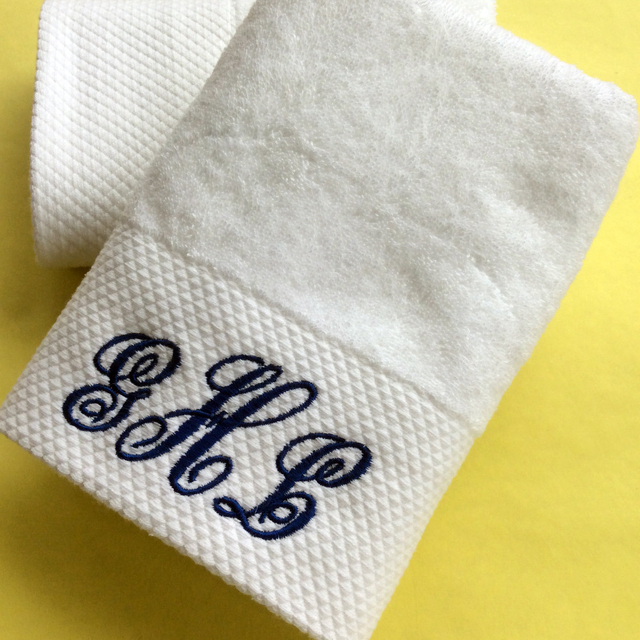 custom logo ring spun cotton bath towel 22*24 with logo embroidery