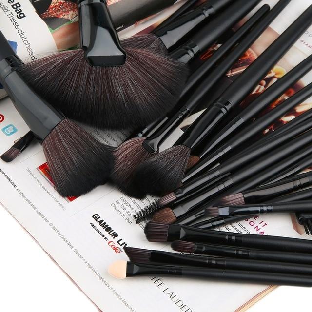 24Pcs Cosmetic Brush Foundation Powder Eyeshadow Brushes Set Professional Black cool  fashion style