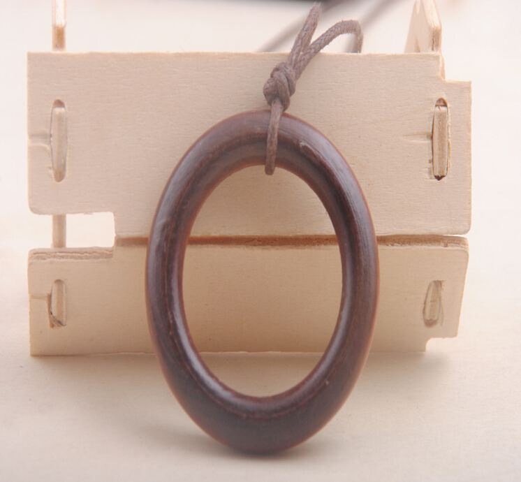 Manufacturers selling wooden necklaces Simple atmospheric restoring ancient ways wooden big circle long sweater chain