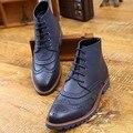 Retro de Los Hombres de Negocios transpirable Zapatos Primavera Otoño Formal Brogue Recortes 2016 Botines Tobillo de La Manera de cuero de Vaca Tallada Botas Chukker
