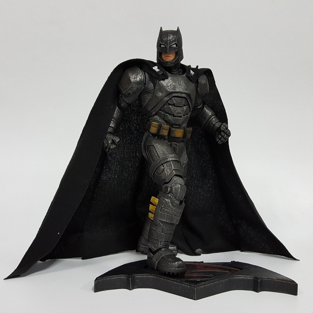 Batman Action Figure Bruce Wayne Justice League 12inch PVC Anime Movie Batman Heavily Armed Collectible Model Toy Superhero neca planet of the apes gorilla soldier pvc action figure collectible toy 8 20cm