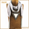 2016 Woman Triangle Charms Scarf Foulard Women Pashmina Echarpe Drop Pendant Scarves Christmas Gift Jewelry Scarves Necklace
