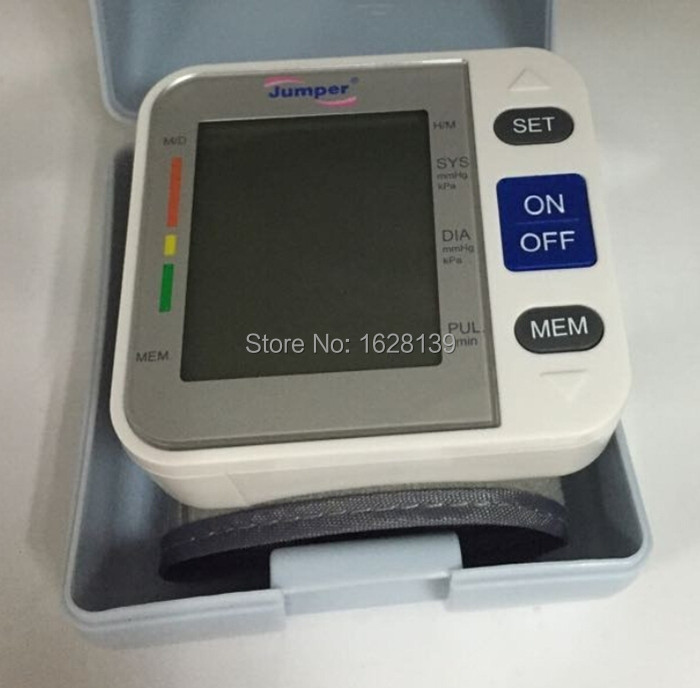 Jumper CE & FDA Approved Blood Pressure Monitor digital wrist blood pressure monitor wrist blood pressure meter/monitor
