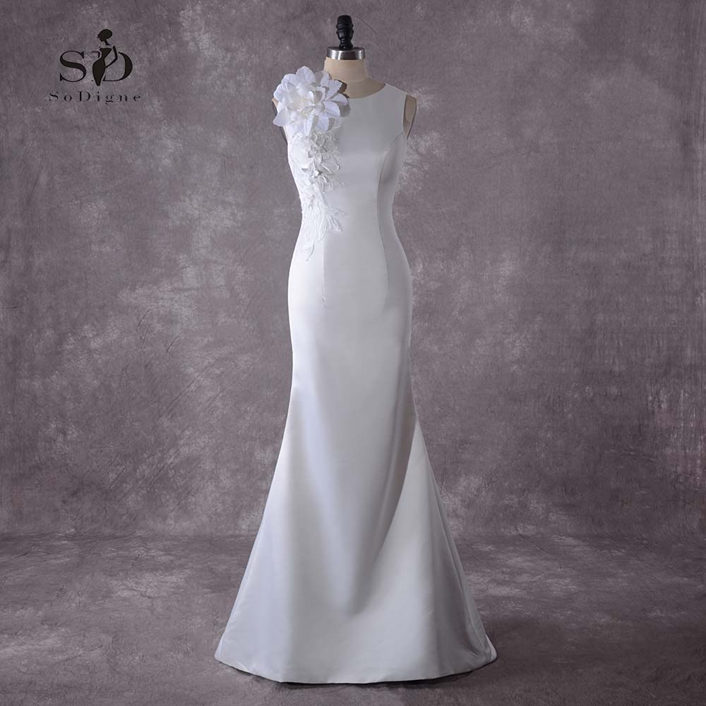 Flowers Mermaid Wedding Dress With Delicate Appliques White/Lvory Buttons Bridal Dress Fast shipping