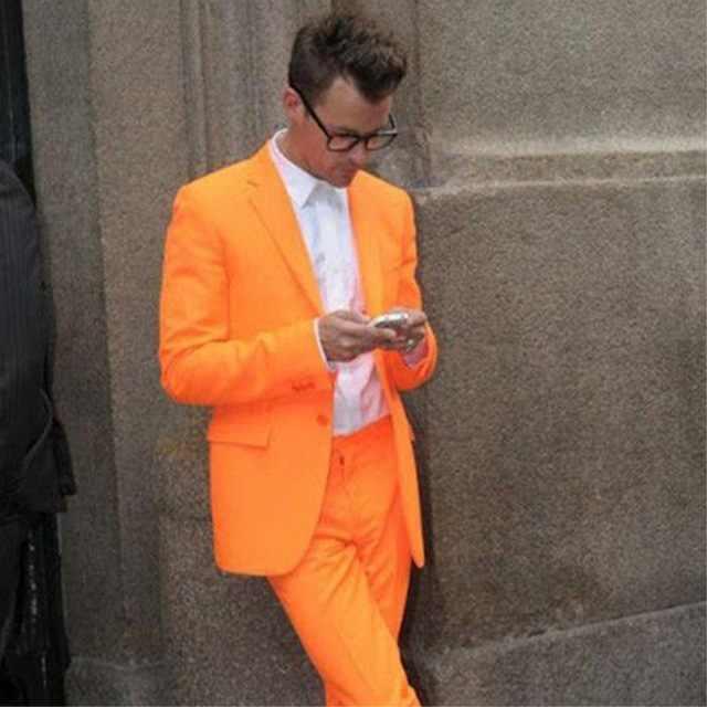 ファッション高輝度オレンジカラーの男性のスーツスリムフィット男性スーツワンボタンカジュアル Workoffice ブレザーパーティーパーティータキシードジャケットパンツ