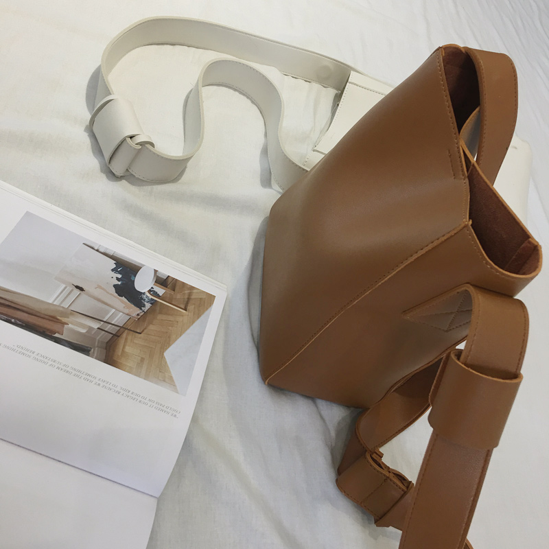 Femmes sac à main nouvelle Épais de qualité PU carré réglable bandoulière taille tout-allumette à double usage sac fille sac à bandoulière