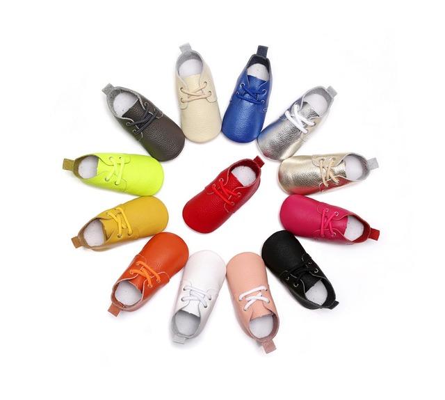 10 pares/lote primavera estilo Couro Genuíno Mocassins Shoes lace up sólidos bebés Recém-nascidos Sapatos de Bebê primeiros Sapatos da criança walker