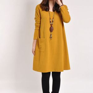 Image 2 - יולדות בגדי סתיו החורף חמוד V צוואר מוצק צבע לעבות החוצה משרד שמלת נשים בהריון הריון בגדים