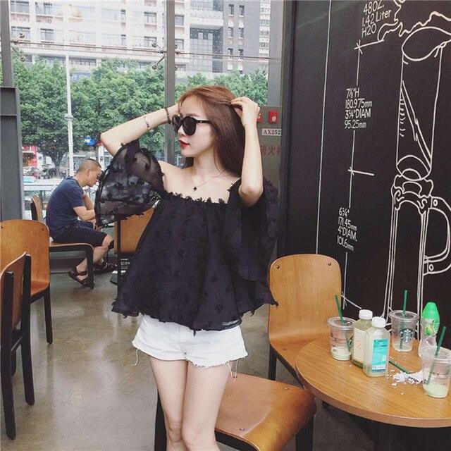 נשים קיץ קוריאני אופנה מכתף חולצה חדש הגעה מקרית Loose למעלה נקבה סלאש צוואר פרפר שרוול סקסי חולצה 62310