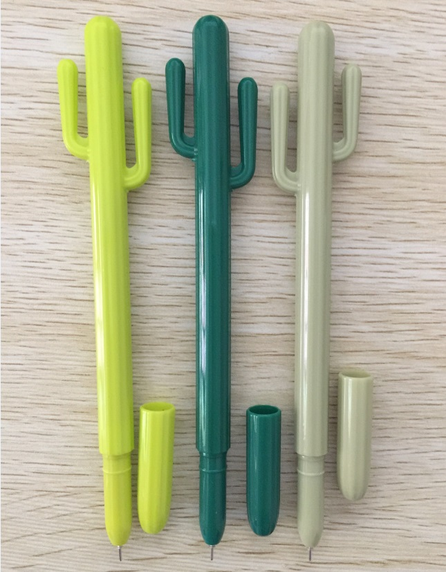 100 pcs lot Wholesales Free Shipping Cactus Style Gel Pen Korean Stationery Cute Big Size Creative