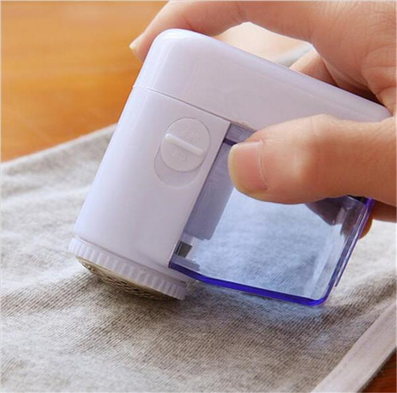 цена на High quality Mini Hair Ball Trim Trimmer Shaving Machine Clothes Hair Remover Pruning free shipping