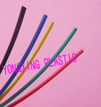 цена на 200Meter/roll 3.0mm pvc heat shrink tube ratio 2:1 sleeving for insulating connector