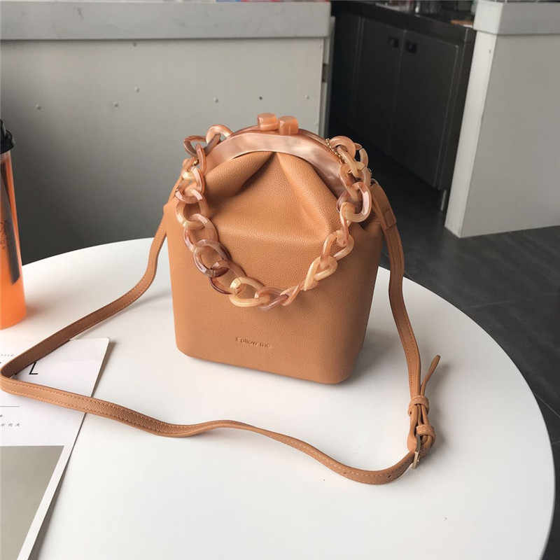 ... Women s Box Bag Bucket Bag Acrylic Clip Evening Bag Ins Acrylic Chain  Luxury Handbag Banquet Party ... 5a792978f170