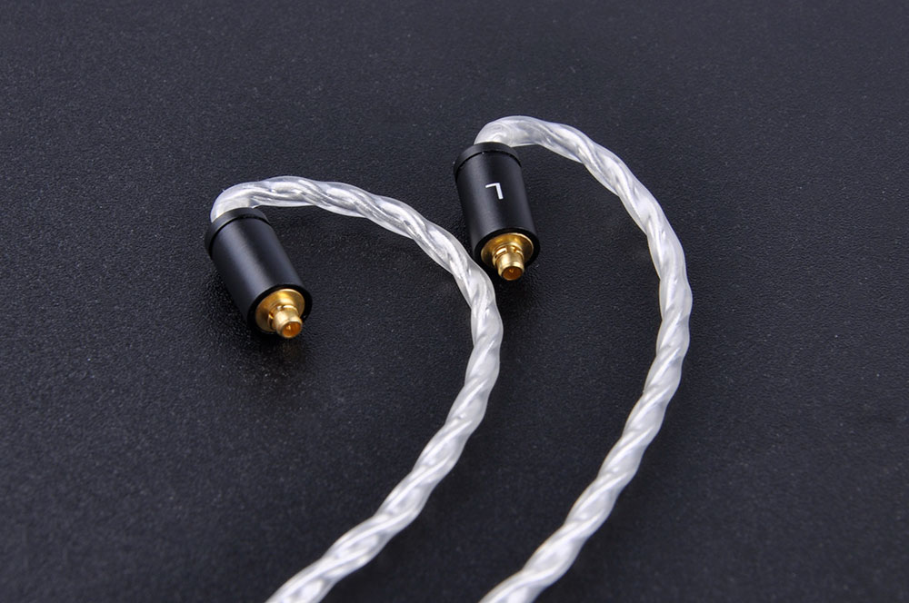 Newest 2.5mm Balanced MMCX Cable 7N Hand-Made Single Crystal Copper Plated Silver Upgrade Headphone Cable For Shure DQSM LZ