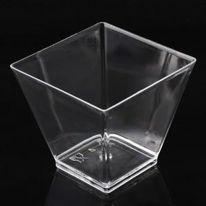 Image 4 - 50 قطعة 2 أوقية/60 مللي مربع صغير الحلوى كوب مكعب البلاستيك عينة طبق كعكة هلام بودنغ أكواب حفلة اكسسوارات المطبخ