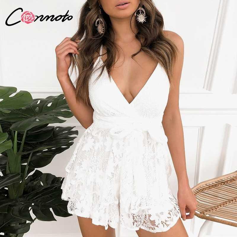 Conmoto Белые элегантные кружевные летние костюмы, сексуальный пляжный комбинезон с открытой спиной, короткий ромпер с поясом