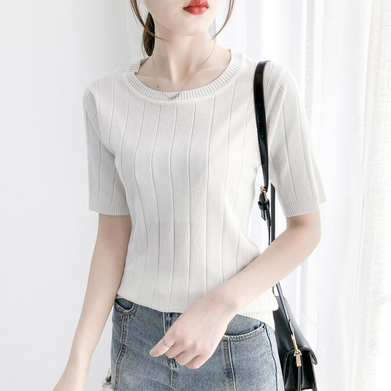 new render ice silk round collar short sleeve shirt sleeve thin sweater sleeve top five points in loose woman