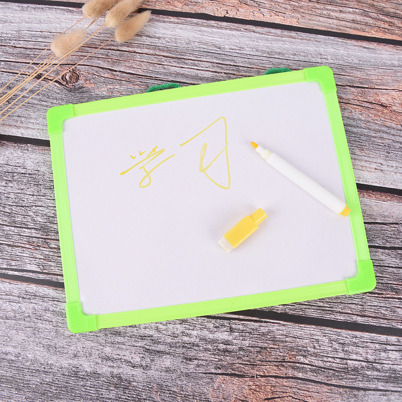 Kids Whiteboard Dry Wipe Board Mini Drawing White Boards With Small Hanging Board Free Marker Pen 18.5cm*24.5cm