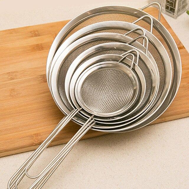 Behokic 3 piezas acero inoxidable de malla fina colador tamiz cocina  utensilios 3 diferentes tamaños 3 b3a2ee11cab5