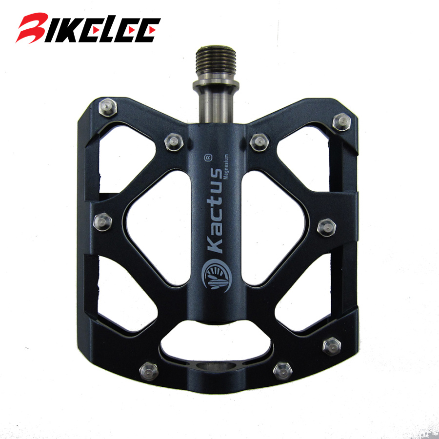 2017 Hot New Bicycle Pedal Magnesium Alloy Titanium Axle Bicicleta Mountain Road Bike Pedals 223g Flat Pedals Cycling Footrest wellgo cycling road pedals self lock light weight upgraded version bicycle bike cycle cleat pedal black pedales bicicleta road