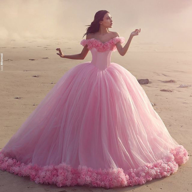 Gorgeous Pink Beach Wedding Dresses With Flowers Off The Shoulder