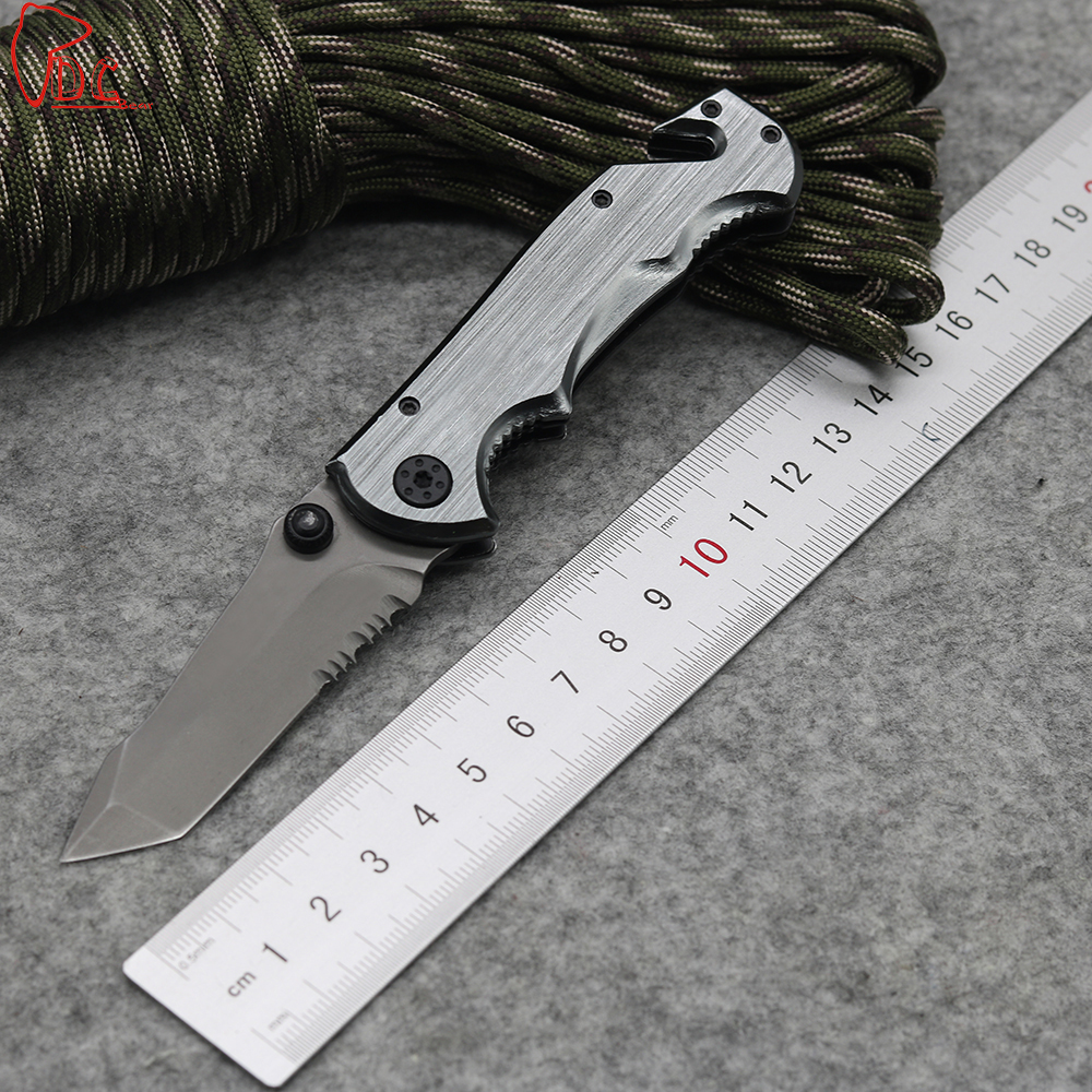 Dcbear New Arrival Folding font b Knife b font 440C Steel Blade Outdoor Tools Hunting Survival