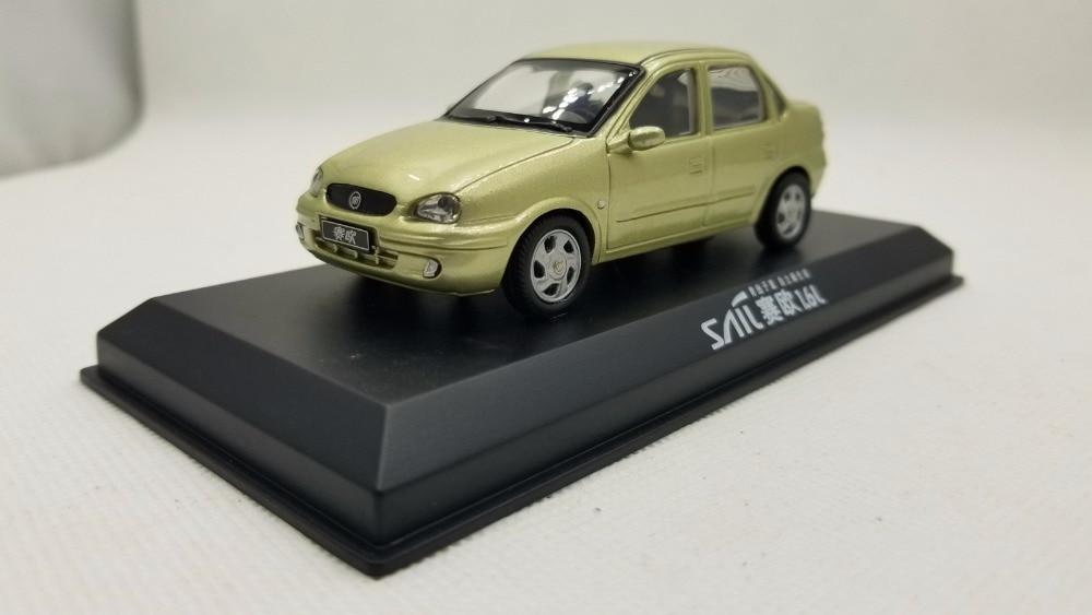 1:43 modèle moulé sous pression pour GM Buick Sail 2004 vieille berline véhicule classique alliage Rare jouet Miniature Collection cadeaux