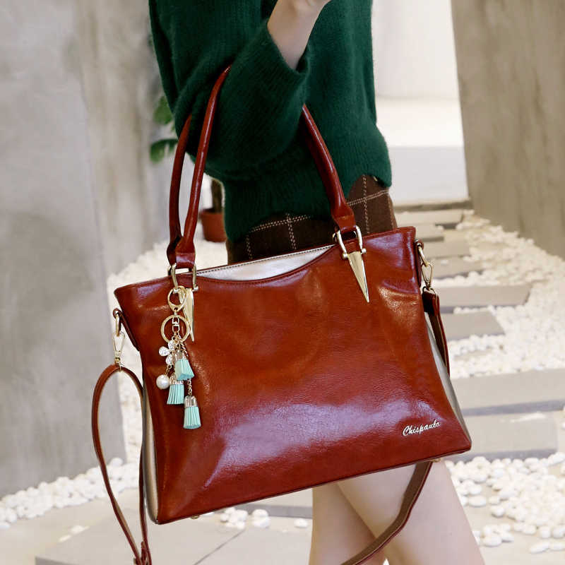 6ac97230ef3f ... Fashion Women s Patent Genuine Leather Handbags Luxury Brand Women Bags  Designer lady Crossbody Bags For Women ...