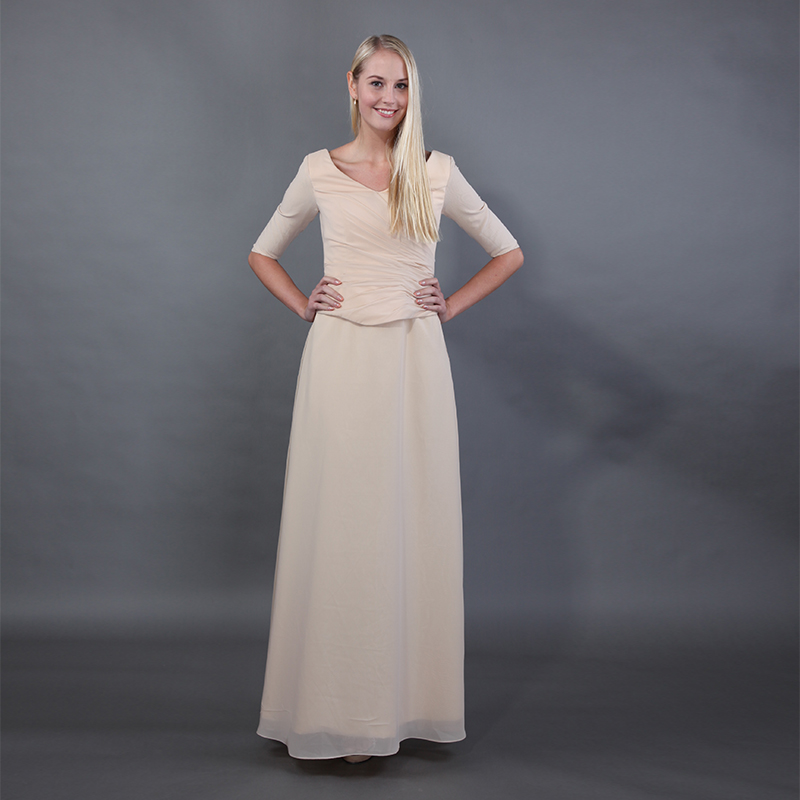 Two Pieces Champagne Mothers Party Dresses V-neck Half Sleeves Simple Chiffon Pleats Top 2019 Mother Of The Bride Dresses