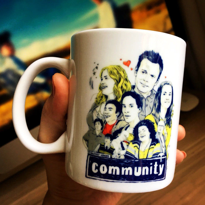 TV Series Community Mug Collectible Ceramic Coffee Tea Milk Cup Comic Mugs Home Decor Collection Cups Gift White Cartoon
