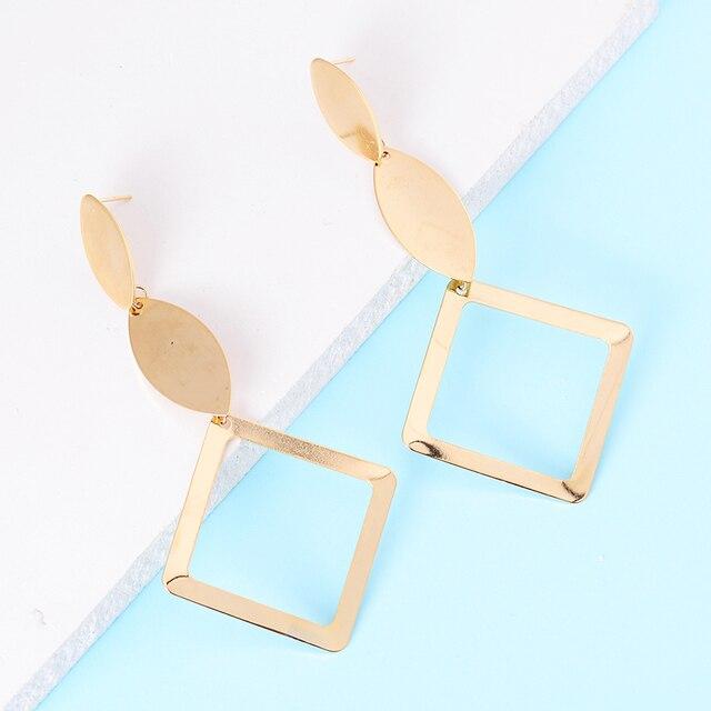Chic Bất Đối Xứng Vàng Màu Sắc Bất Thường Kim Loại Earring Big Hollow Vuông Dài Drop Earrings Phụ Nữ Thời Trang Ear Jewelry Quà Tặng