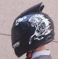 Cuatro temporada completa motocicleta off-road casco de moto casco y casco de bocinas de los coches de la personalidad