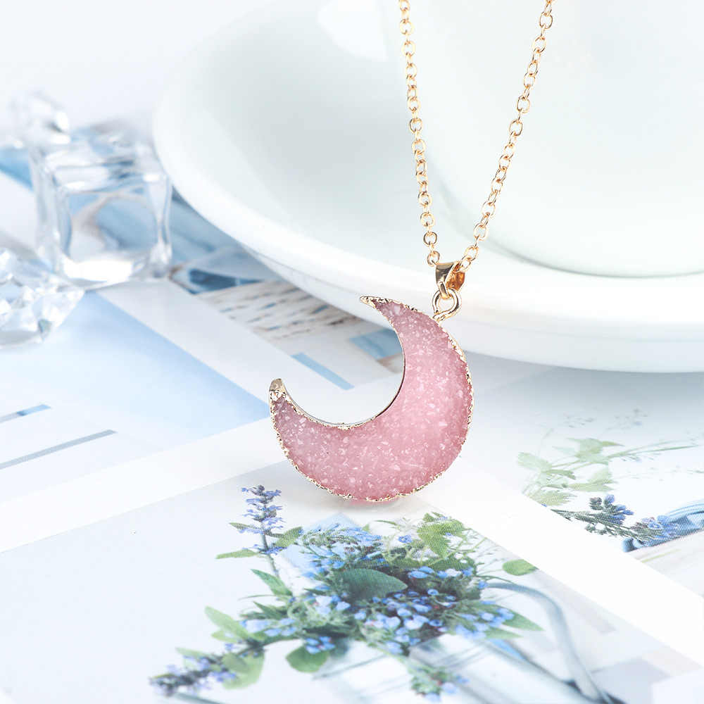 Pink Black Moon Resin Stone Pendant Necklace For Women Crescent Neck Decor Gold Color Jewelry Accessories Link Chain kolye colar