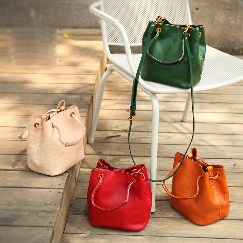 YIFANGZHE 2020 Fashion Genuine Leather Bag Women,  High Quality Messenger Crossbody Bags With  Drawstring Design Roomy Phone