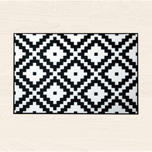 Nordic geometric rug black and white striped carpet kitchen rug doormat modern rugs for living room home decoration accessories