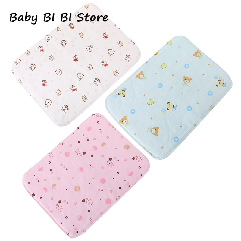 3 ColorS 35*25cm Baby Changing Pad Reusable Waterproof Stroller Diaper Folding Soft Mat Washable